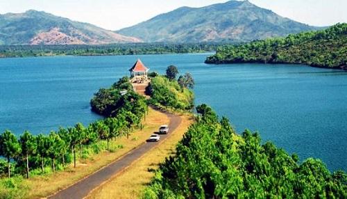 Biển Hồ địa điểm du lịch nổi tiếng tại Gia Lai