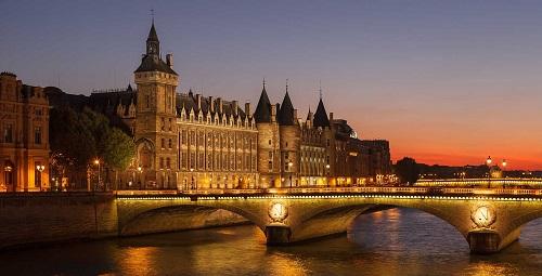 Mọi con phố, công trình tại Pháp đều có kiến trúc độc đáo